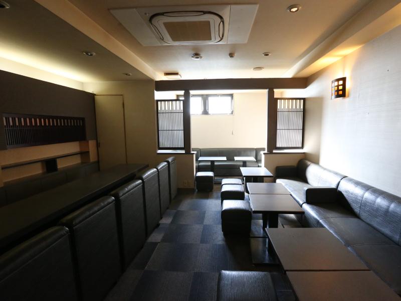 サンプラザビル'88 4階D室